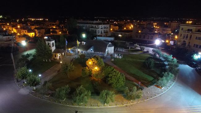 Άγιος Νικόλαος: Μητροπολιτικός ναός Ελευθερουπόλεως
