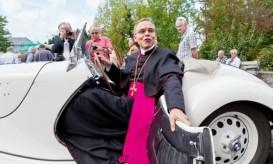 bishopspatales.jpg