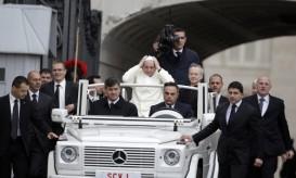 pope_white_carJPG.JPG