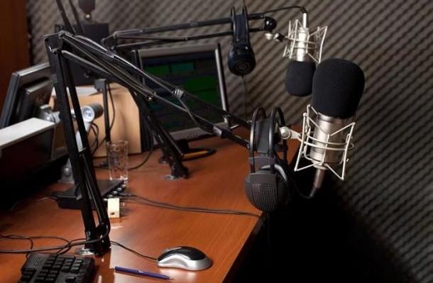 radio_mic.jpg