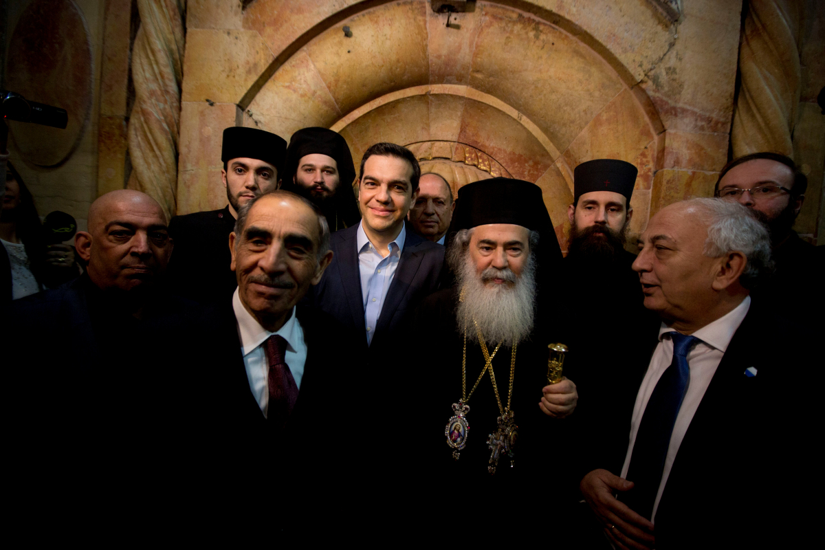 tsipras_tomb1