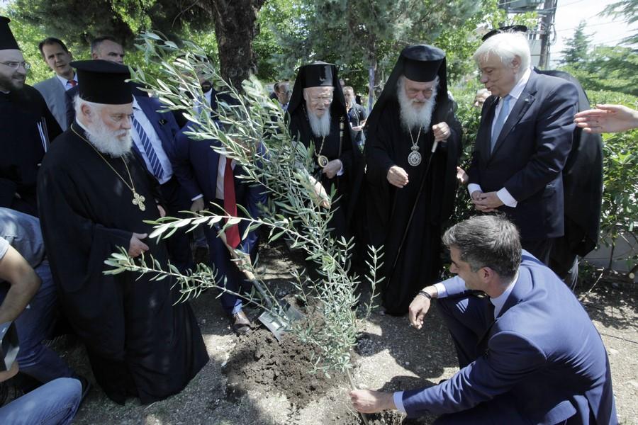 06/06: Πατριάρχης και Αρχιεπίσκοπος στην εκδήλωση «Καθαρός Ασωπός».