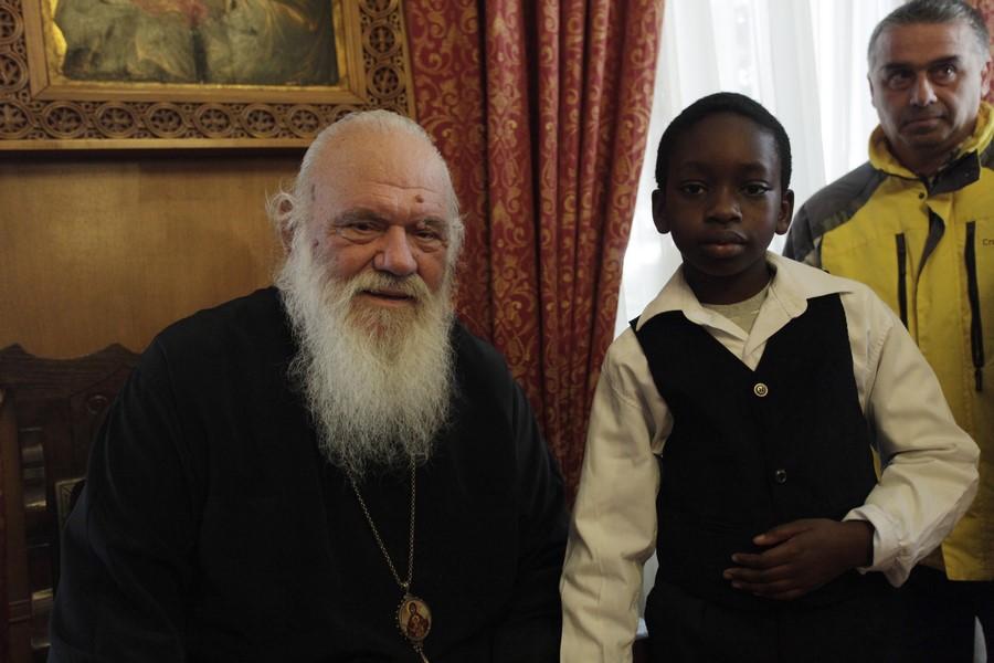 14/02: Μαθητές και μαθήτριες της Ε΄και ΣΤ' τάξης του Α' Δημοτικού Σχολείου Ζωγράφου, συνοδευόμενοι από τους δασκάλους τους, επισκέφθηκαν τον Αρχιεπίσκοπο Αθηνών και πάσης Ελλάδος κ. Ιερώνυμο.
