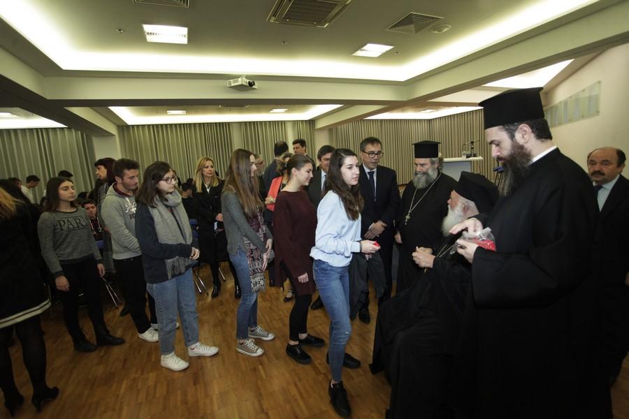 15/02: Ο Αρχιεπίσκοπος επισκέφθηκε ιδιωτικά εκπαιδευτήρια.