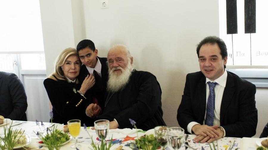 23/02: Το «Δημήτρειο» Κέντρο Δημιουργικής Απασχόλησης Παιδιών της ΜΚΟ «Αποστολή» της Ιεράς Αρχιεπισκοπής Αθηνών επισκέφθηκαν σήμερα ο Αρχιεπίσκοπος και η πρέσβης Καλής Θελήσεως της UNESCO, Μαριάννα Βαρδινογιάννη.