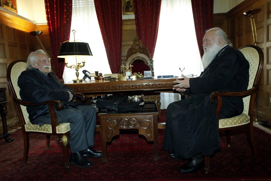 31/03: Ο Μανόλης Γλέζος στον Αρχιεπίσκοπο.