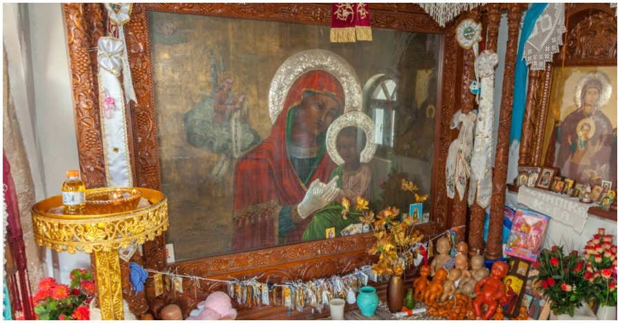 Γιατί η Παναγία ονομάστηκε Τσαμπίκα   Dogma